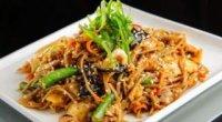 Гречана локшина: як приготувати з куркою і овочами