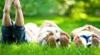 Як відіпрати траву від джинсів за допомогою перекису, оцту, зубної пасти і інших засобів