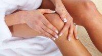 Болить коліно і опухло: що робити і як лікувати?