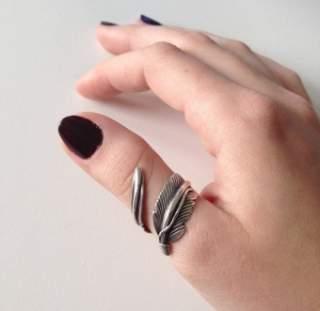 Люди люблять носити перстень на цьому пальці 1d11704f8141a