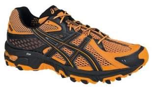 Головна вимога до біговій взуття — повітропроникність. Вона зобов язана  дихати. Тому кросівки для бігу завжди мають вставки з сіточки. c3dc999177192