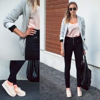 Дівчата в джинсах із завищеною талією виглядають просто чудово. Цей фасон  дозволяє вигідно підкреслити переваги і вміло приховати вади. 3050c56796012