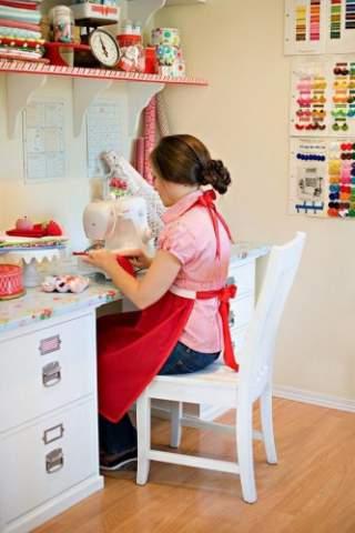 Як навчитися шити і кроїти одяг і штори самостійно ~ Жіночий сайт