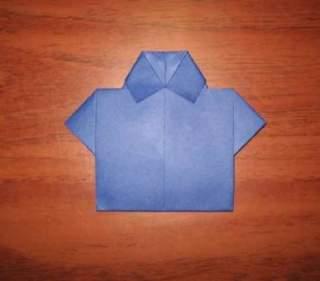 Як з купюри зробити сорочку з краваткою своїми руками  ~ Жіночий ... 28934a26a5e57