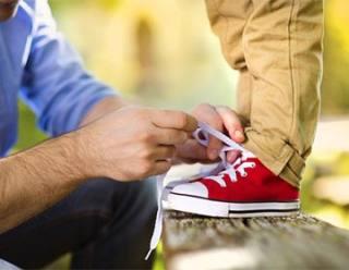 Оригінальна шнурівка взуття допоможе посилити ефект від грамотно підібраної  пари і виділить вас в натовпі. a6535455ce2f5