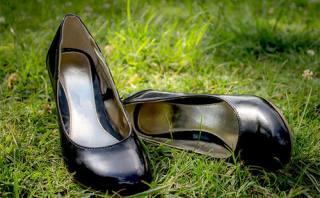 980c6c3929c4d2 Як розтягнути взуття: замшеве, лакове, шкіряне, в довжину і в ширину ...